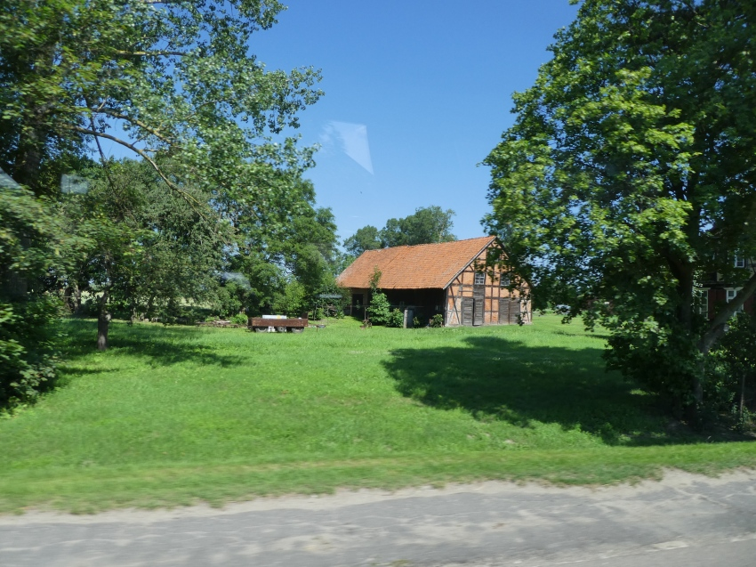 mennonite-houses-near-malbork